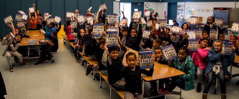 Vallejo Rotary gives a dictionary to every 3rd grader in Vallejo